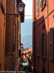 Bellagio's narrow streets Estrechas calles de Bellagio