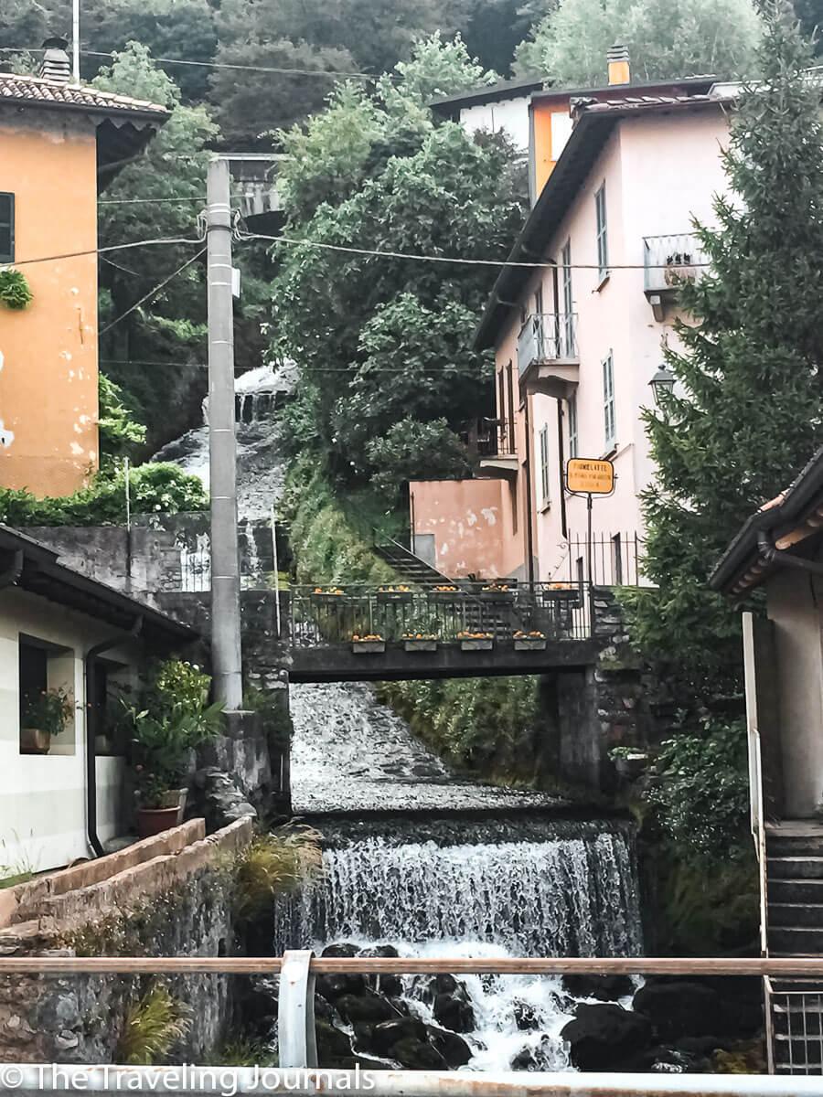 Fiumelatte The shortest river in Italy El Río más corto de Italia