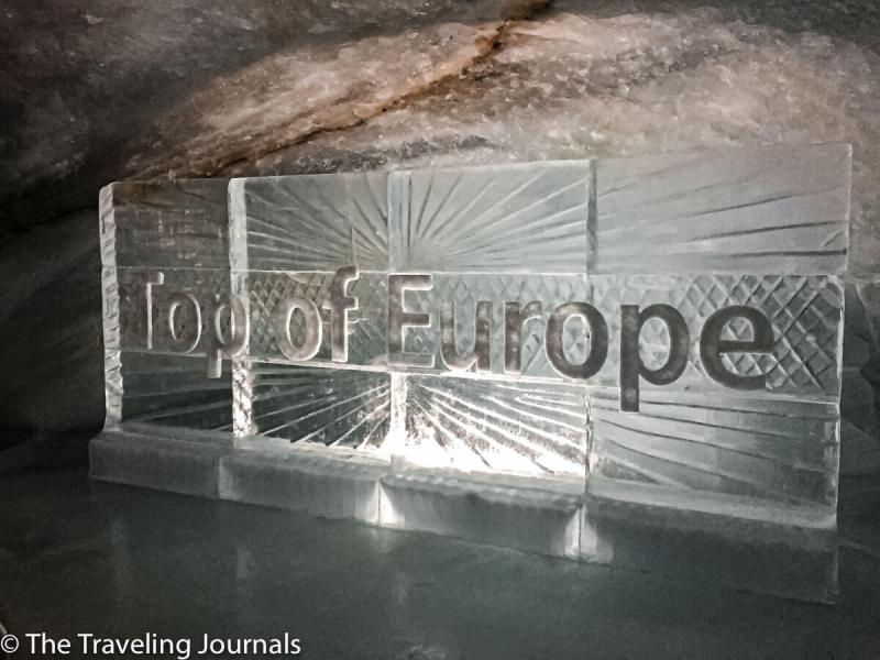 Top of Europe sign made of Ice, Letrero en hielo de La Cima de Europa