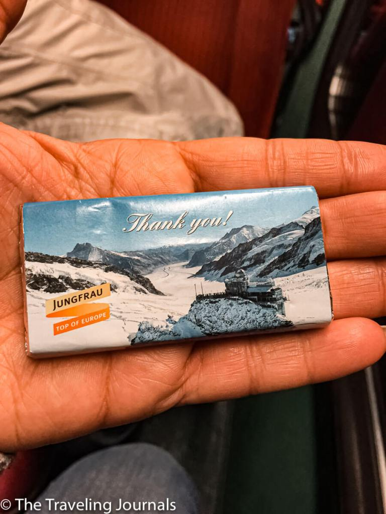 Chocolate treat from Jungfraujoch, souvenir de chocolate, souvenir chocolate de Jungfraujoch, chocolate Suiza, Swiss chocolate,