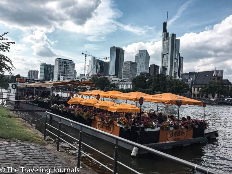 summer in Frankfurt, Verano en Frankfurt, Verano en Francfort, exploring frankfurt,solo travel in Germany, mochilera en Frankfurt, Mochilera en Alemania, foodie, food, frikadellen, german meatballs, food in frankfurt, comida en frankfurt,delicious, so tasty, foodie memories, main river, rio meno