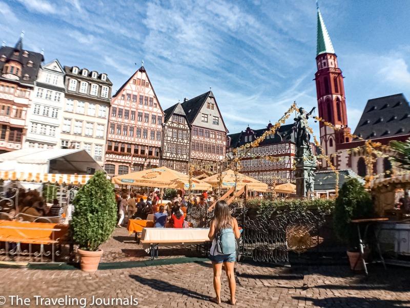 old town in frankfurt, old square Römenberg, Römer, summer in Frankfurt, Verano en Frankfurt, Verano en Francfort, exploring frankfurt,solo travel in Germany, mochilera en Frankfurt, Mochilera en Alemania