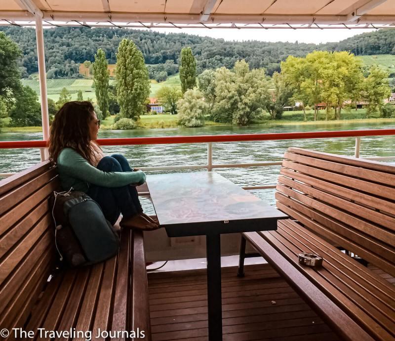 Rhine river cruise, river cruise in Switzerland, paseo note rio rain, summer boat ride in switzerland, paseo en both en Suiza,