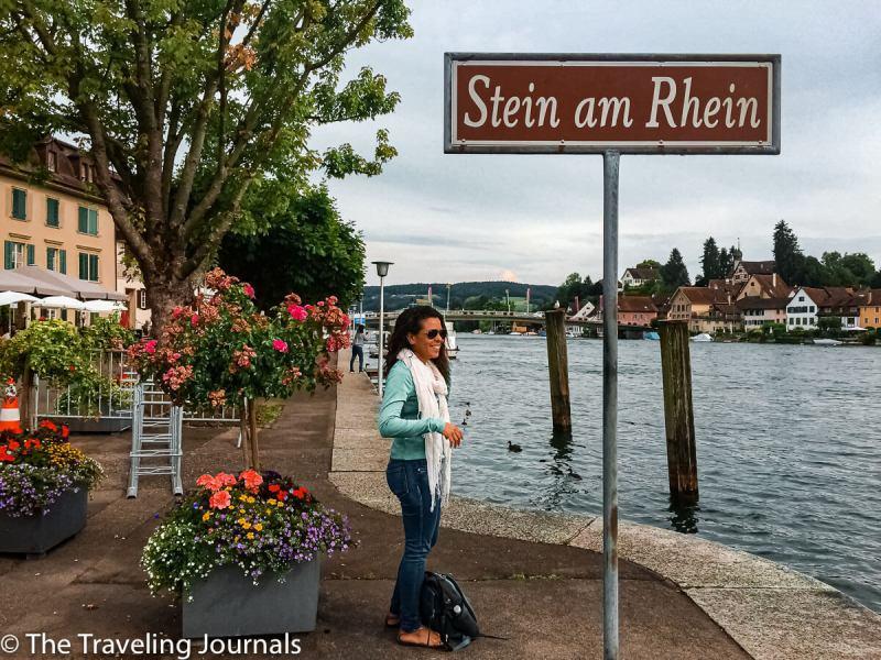 Stein am Rhein, Rhine River, Rio Rhine, pueblo medieval en Suiza, summer day in Stein am Rhein, happy girl in Stein am Rhein